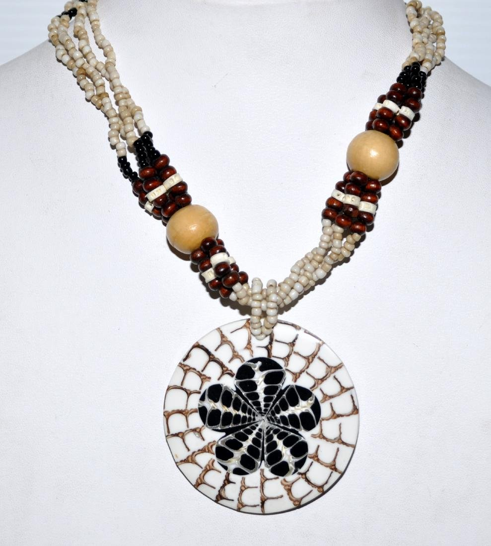 Shell inlaid necklace custom