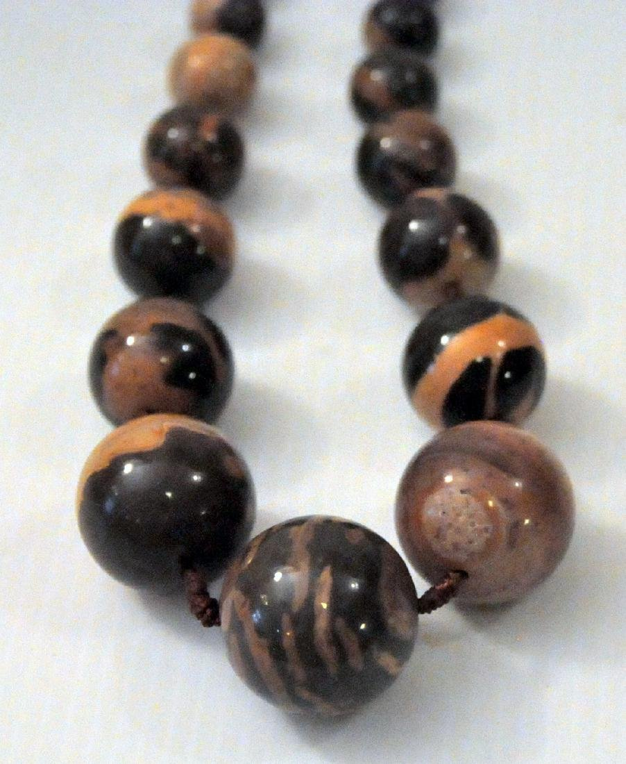 Large jasper beads knotted necklace - 4