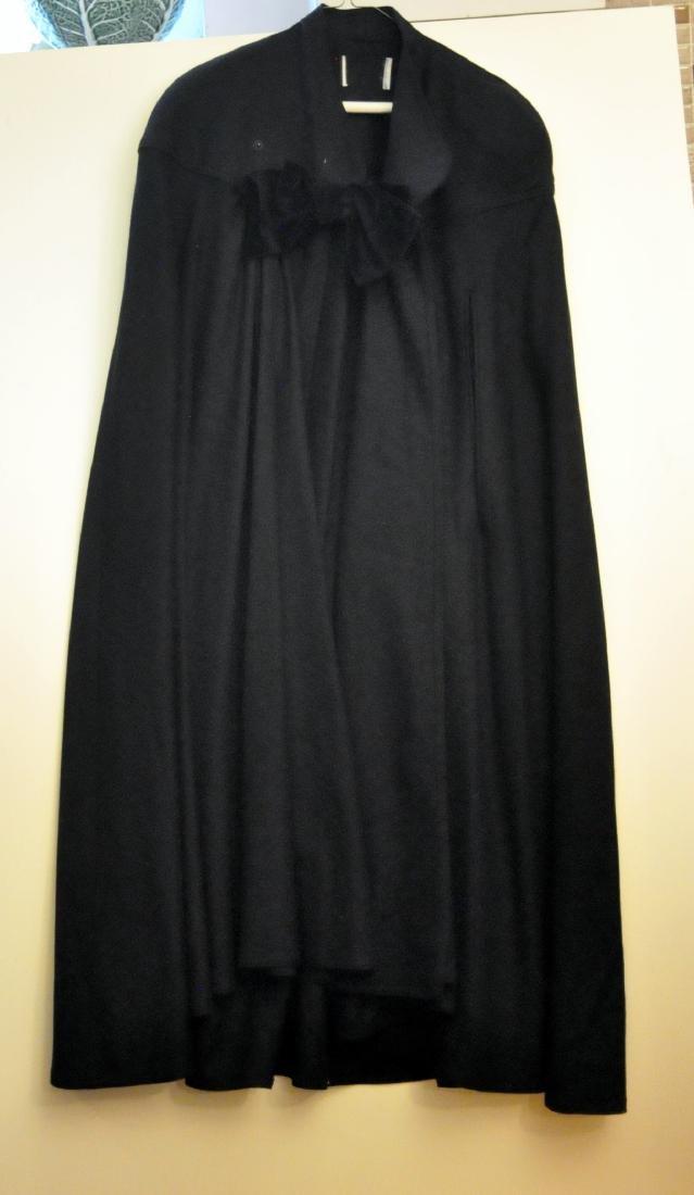 Cape vintage black long velvet bow