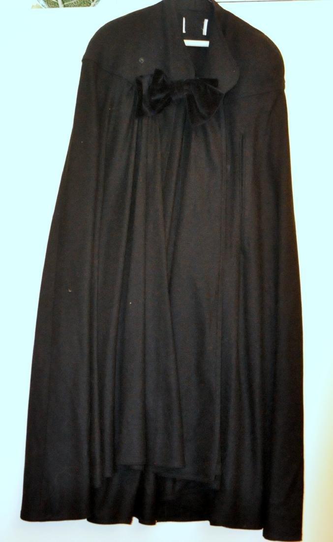 Cape vintage black long velvet bow - 4