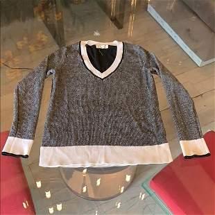 Rag & Bone V neck Sweater size XXS like new