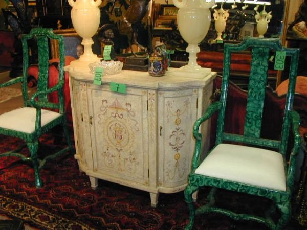 7: A SHERATON STYLE PAINTED SIDEBOARD,  the shaped side
