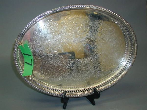 17: A BLACKINTON SILVER PLATED SERVING TRAY with pierce