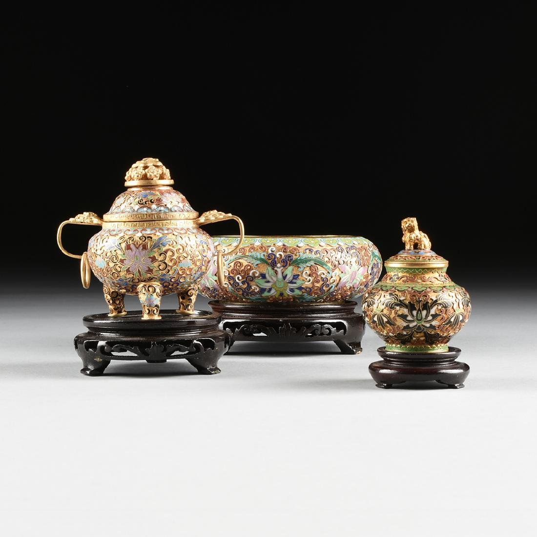 A GROUP OF THREE CHINESE CLOISONNÉ DECORATED GILT