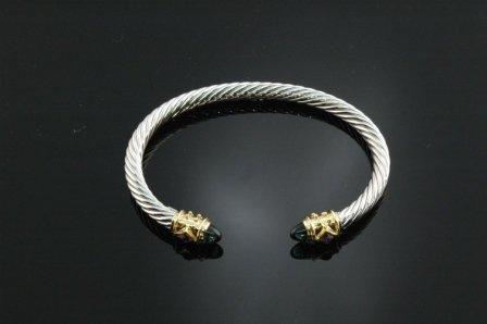 18: A DAVID YURMAN STYLE SILVER  and gold bracelet set
