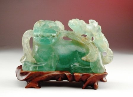101: A PAIR OF CHINESE GREEN ROCK CRYSTAL Buddhistic li