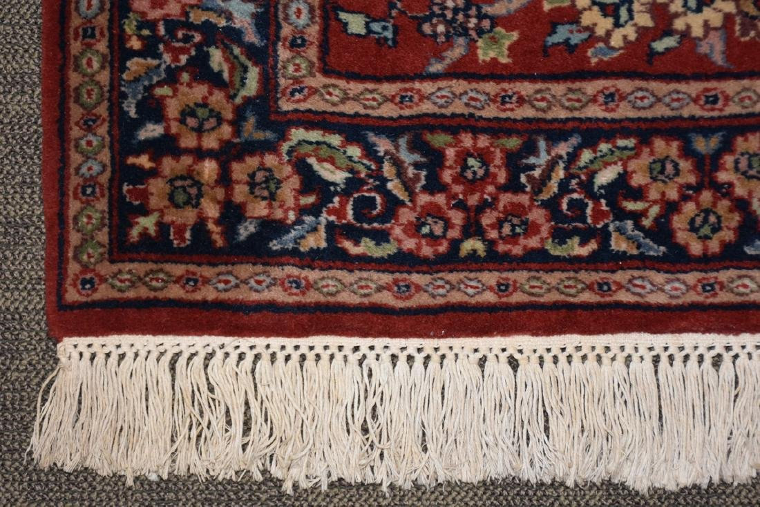 A SAROUK STYLE HAND KNOTTED WOOL RUG, INDIAN, MODERN, - 4