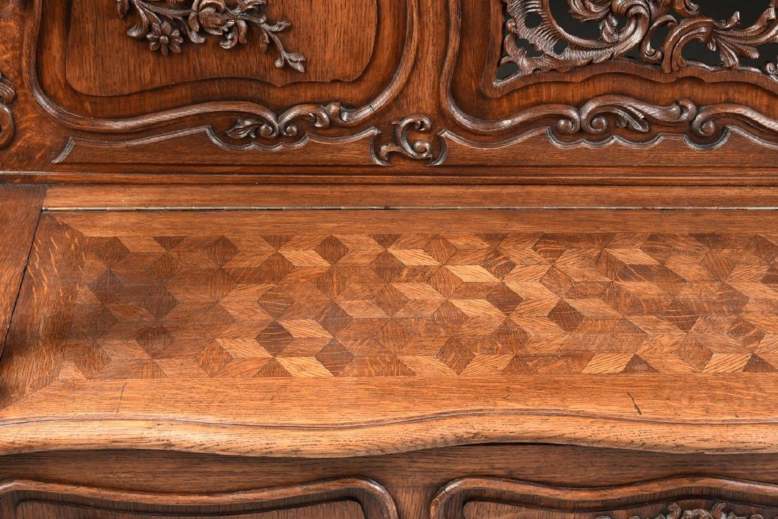 A LOUIS XV PROVINCIAL STYLE PARQUETRY INLAID CARVED OAK - 4