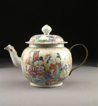 15: A FAMILLE ROSE TEAPOT,  of globular form with parce