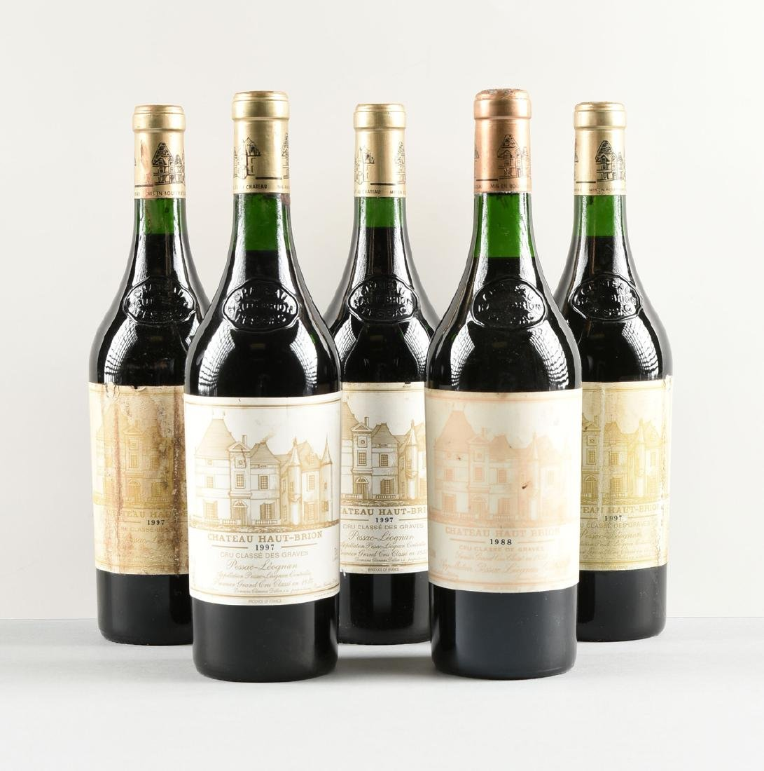 A GROUP OF ONE 1998 AND FOUR 1997 BOTTLES OF CHÂTEAU - 2