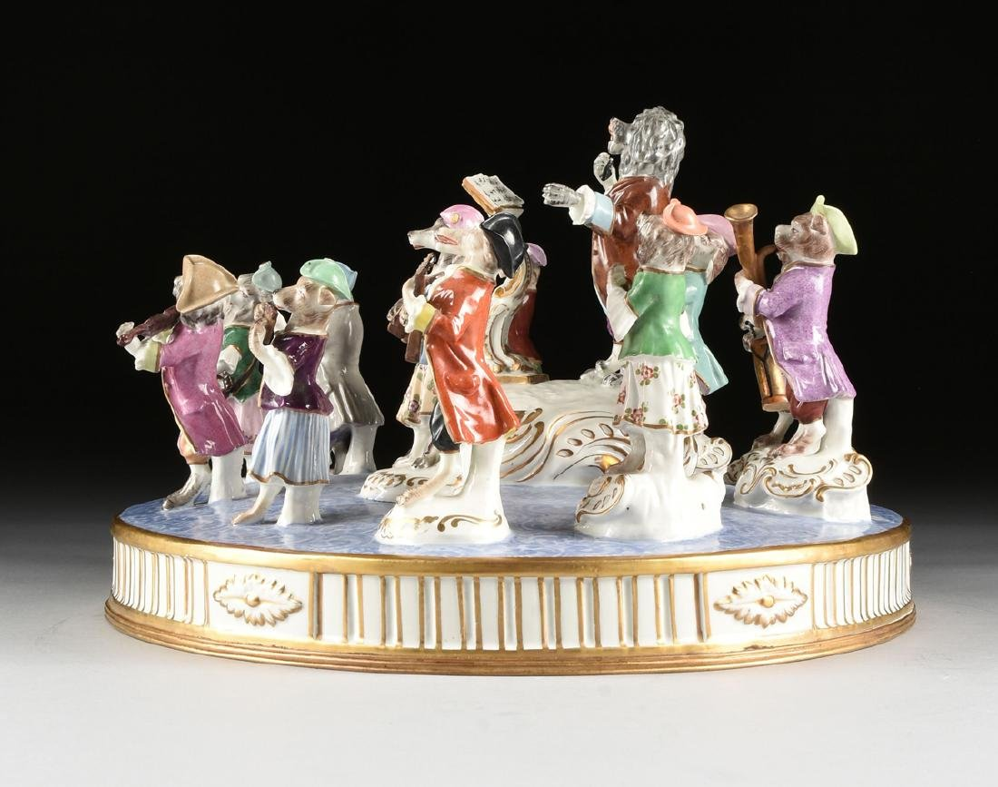 A LARGE FRENCH PAINTED PORCELAIN FIGURAL GROUP OF THE - 10