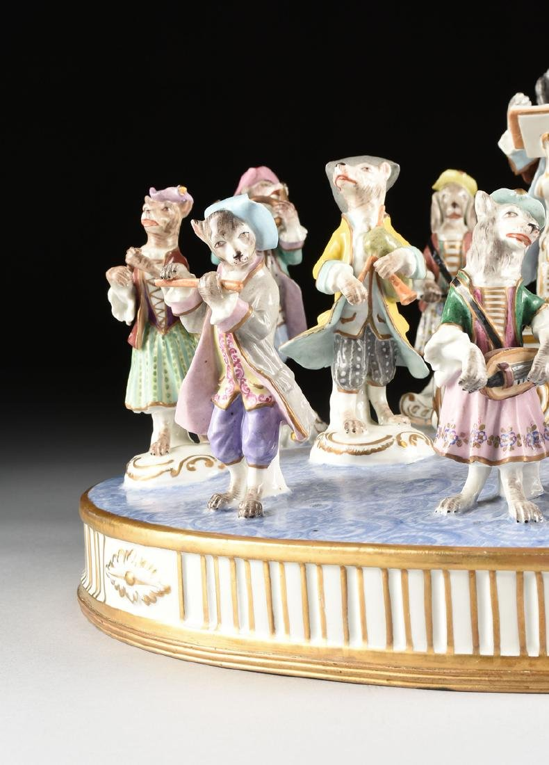 A LARGE FRENCH PAINTED PORCELAIN FIGURAL GROUP OF THE - 3