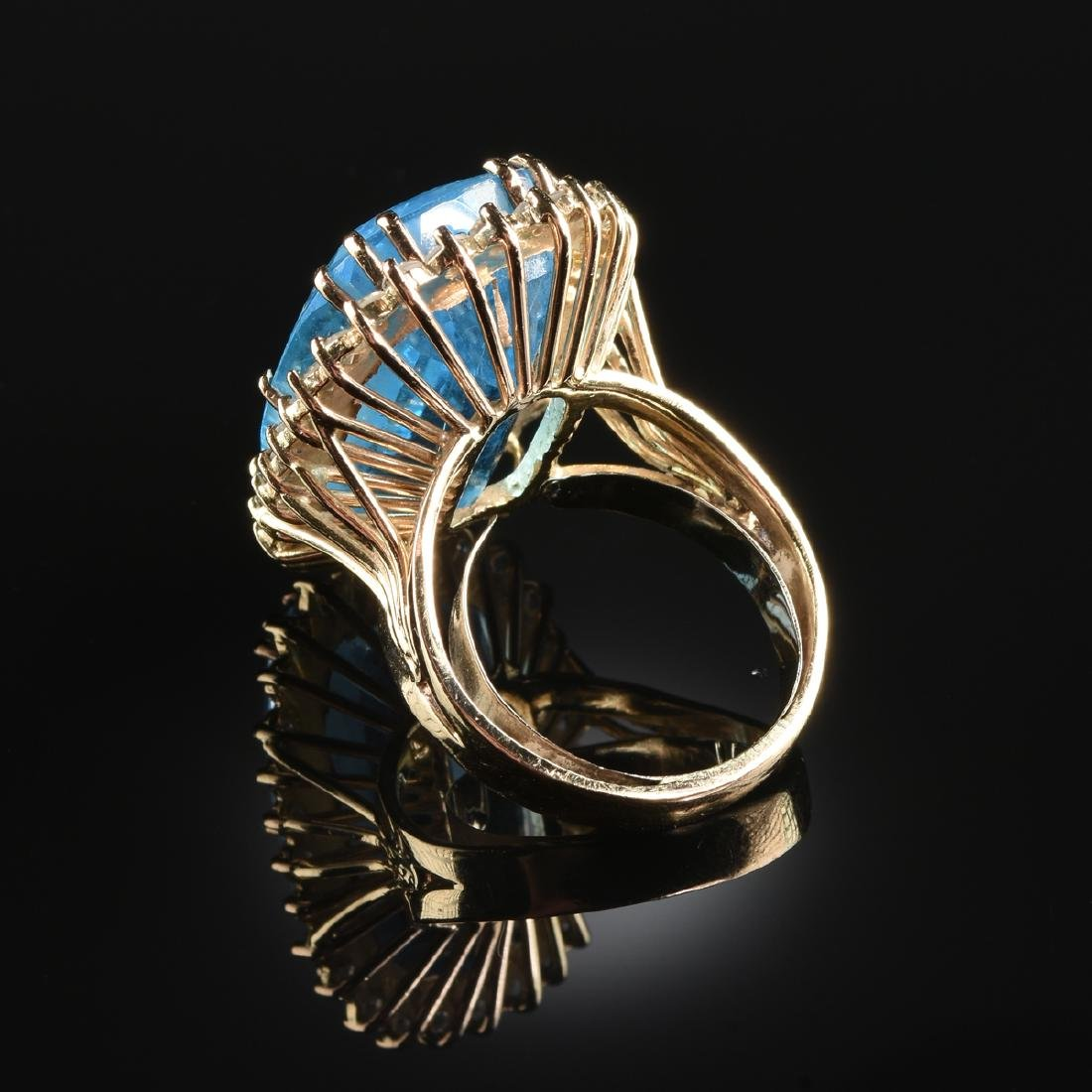A 14K YELLOW GOLD, BLUE TOPAZ, AND DIAMOND LADY'S RING, - 2