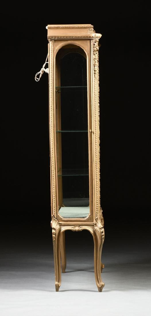 A NAPOLEON III GILTWOOD VITRINE, SECOND FRENCH EMPIRE - 7