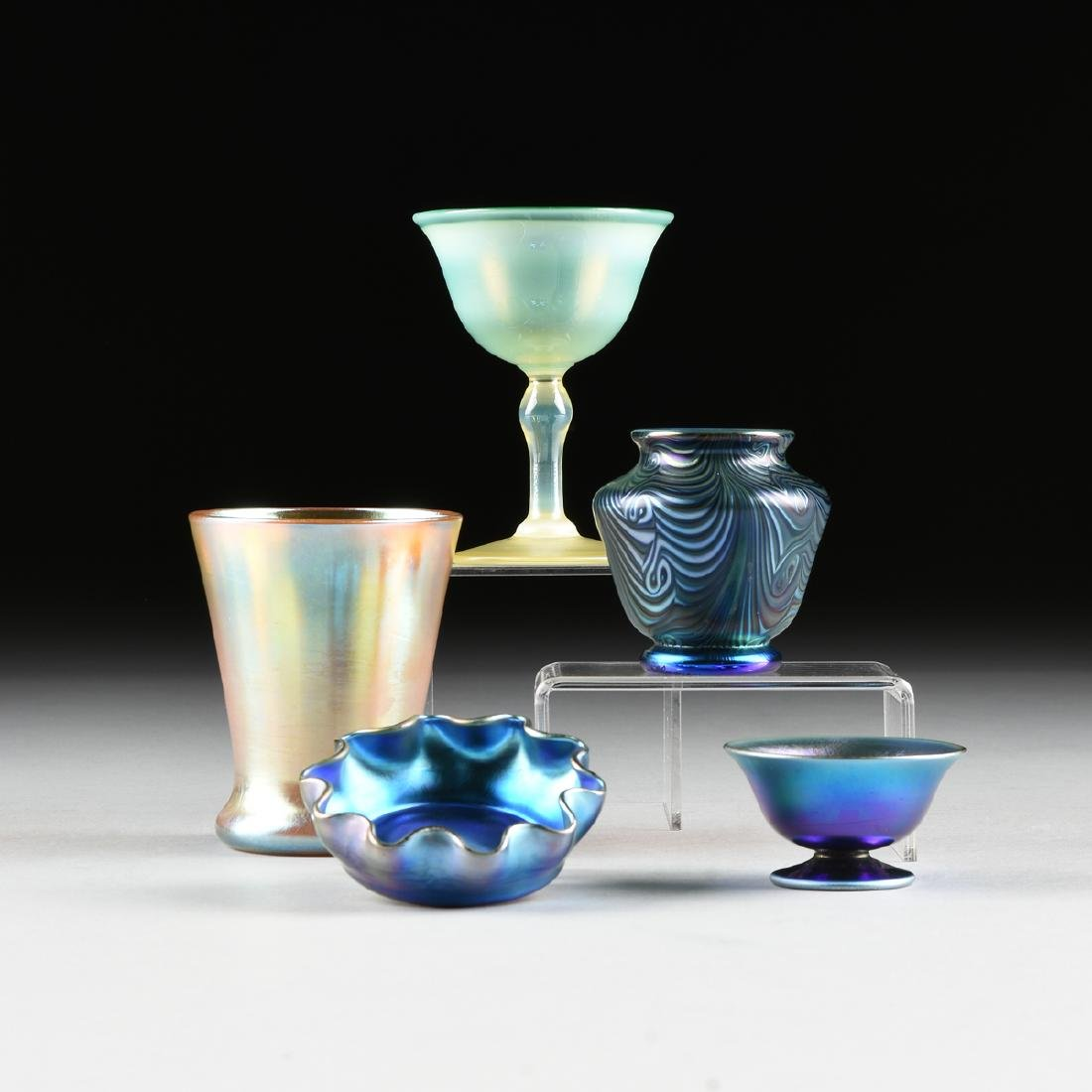 A GROUP OF FIVE AMERICAN IRIDESCENT GLASS VESSELS,