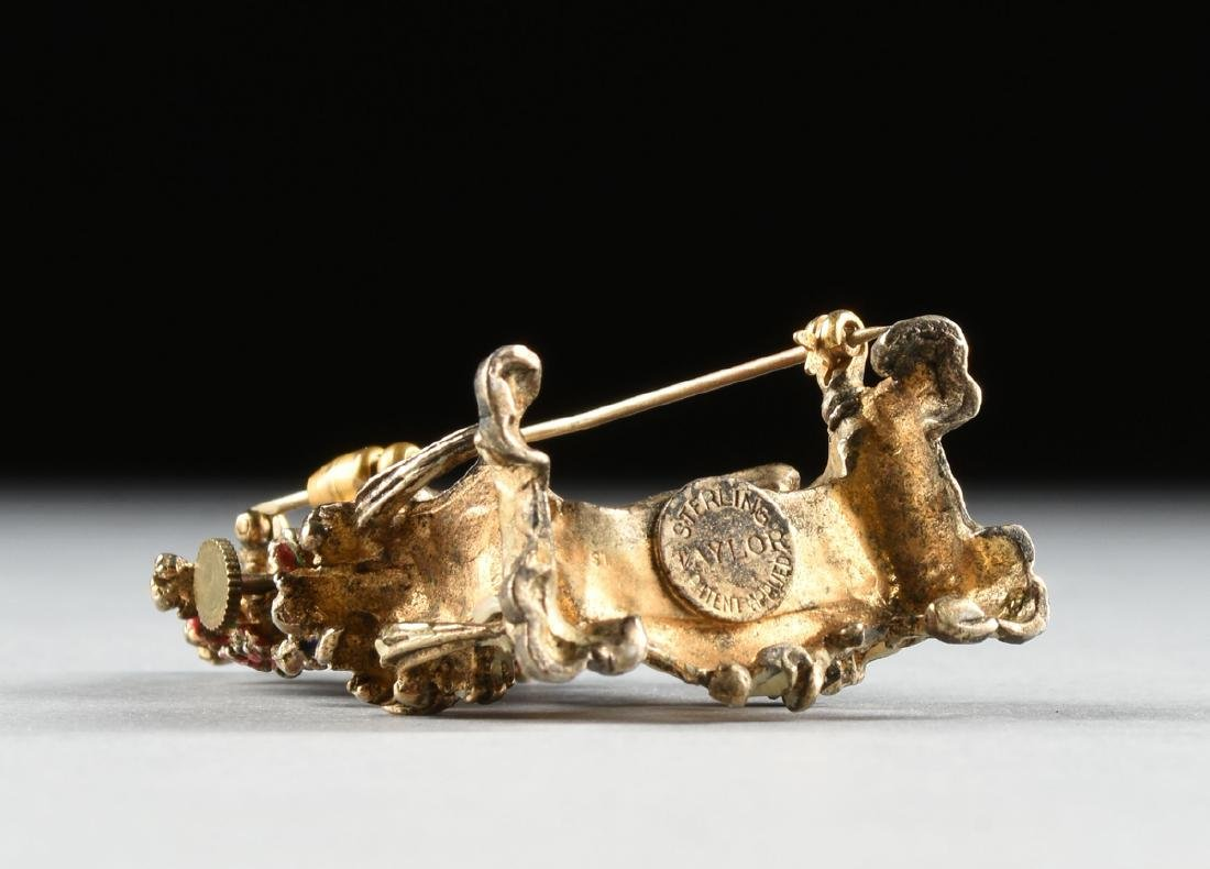 A CONTINENTAL MINIATURE ENAMELED SILVER GILT BROOCH - 4