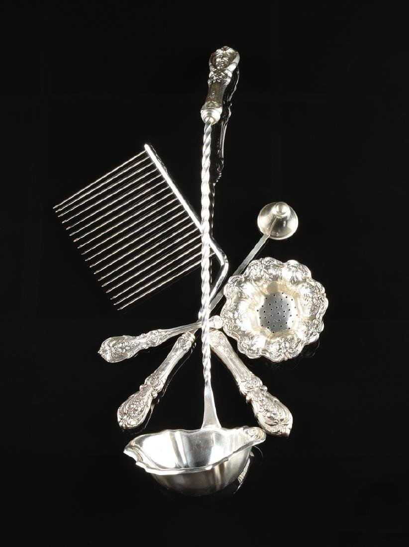 A GROUP OF FOUR REED & BARTON STERLING SILVER SERVING