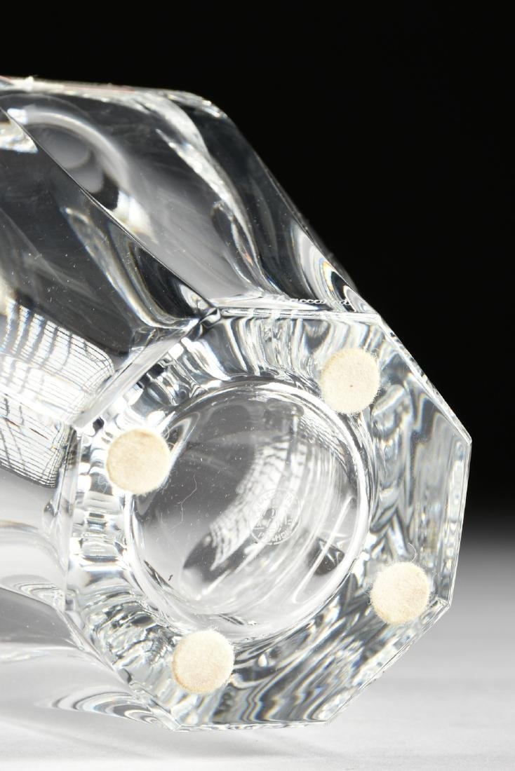 A BACCARAT BLOW MOLDED CRYSTAL FLOWER VASE, LATE 20TH - 4