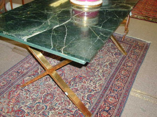 20: A CONTEMPORARY VERDE ANTICO MARBLE AND BRASS PLATED