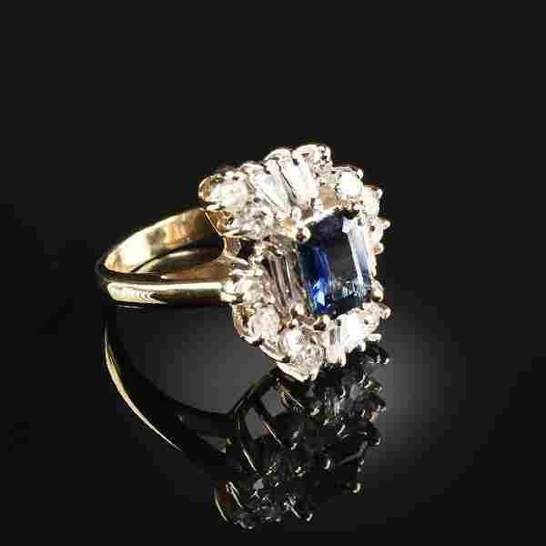 A 14K YELLOW GOLD, DIAMOND, AND SAPPHIRE LADY'S RING,