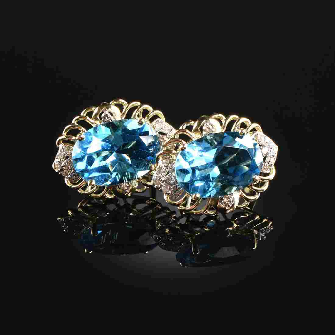 A PAIR OF 14K YELLOW GOLD, WHITE GOLD, BLUE TOPAZ, AND