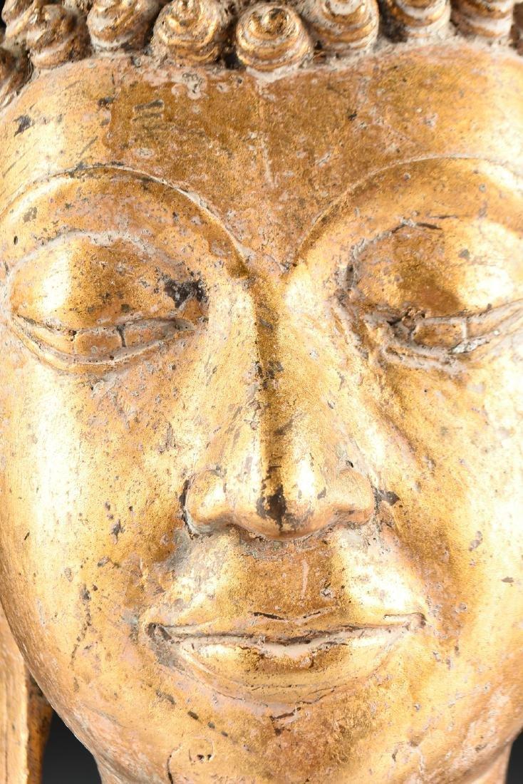 A THAI AYUTTHAYA STYLE PARCEL GILT HEAD OF BUDDHA - 3