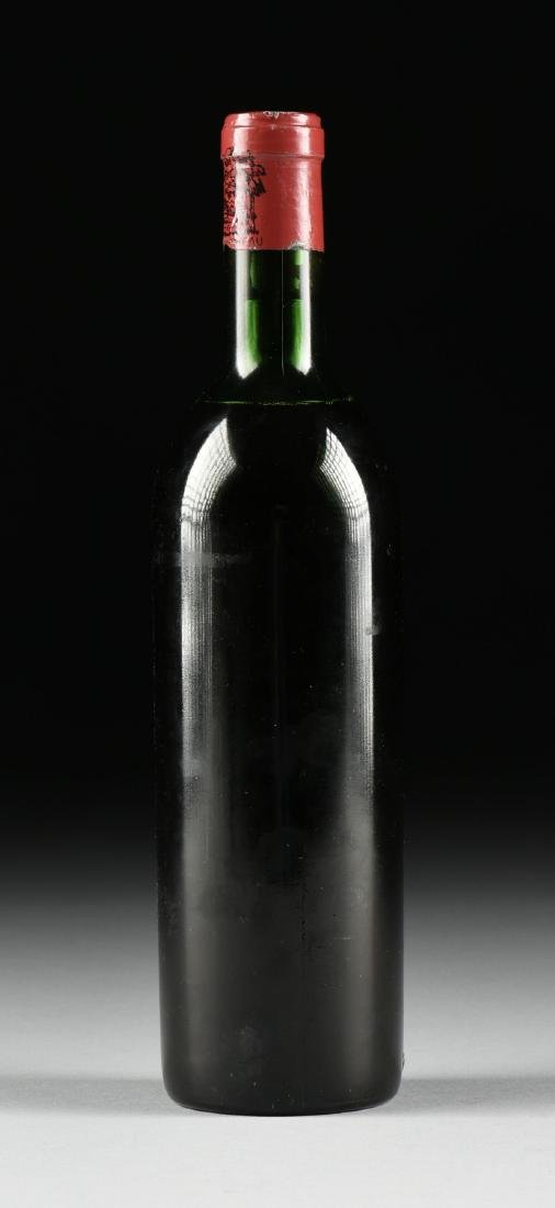 A BOTTLE OF 1968 CHATEAU LAFITE-ROTHSCHILD, PAUILLAC, - 4