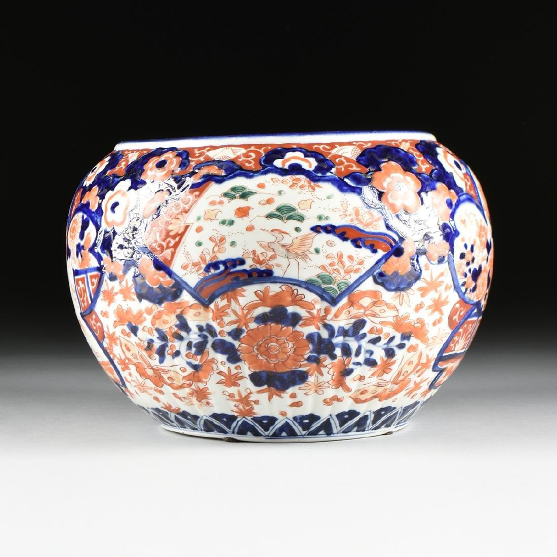 AN ENAMELED IMARI PORCELAIN CACHEPOT, JAPANESE, - 6