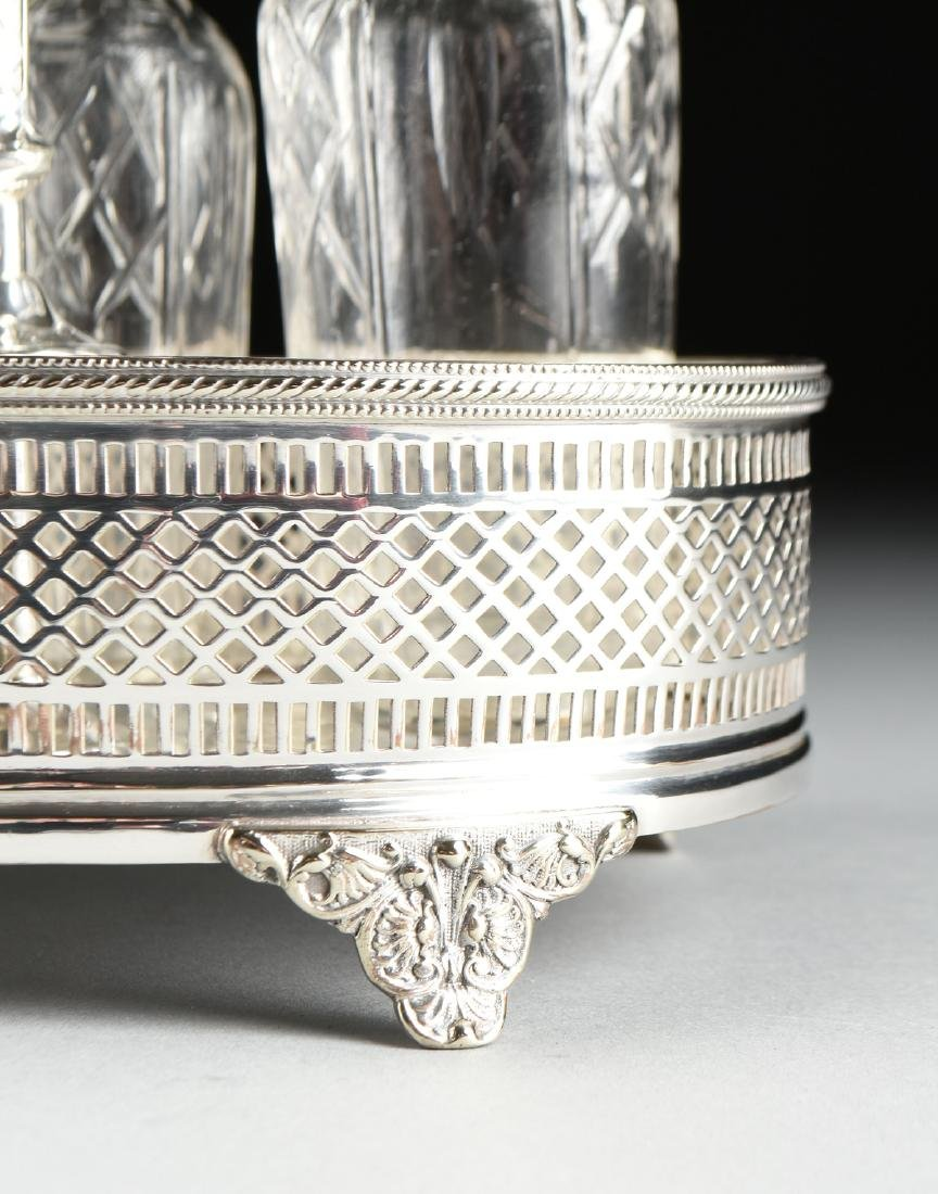 A GROUP OF FIVE SILVER PLATED SERVING PIECES, AMERICAN - 10