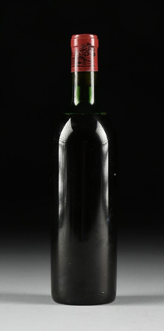 A BOTTLE OF 1968 CHATEAU LAFITE-ROTHSCHILD, PAUILLAC, - 3