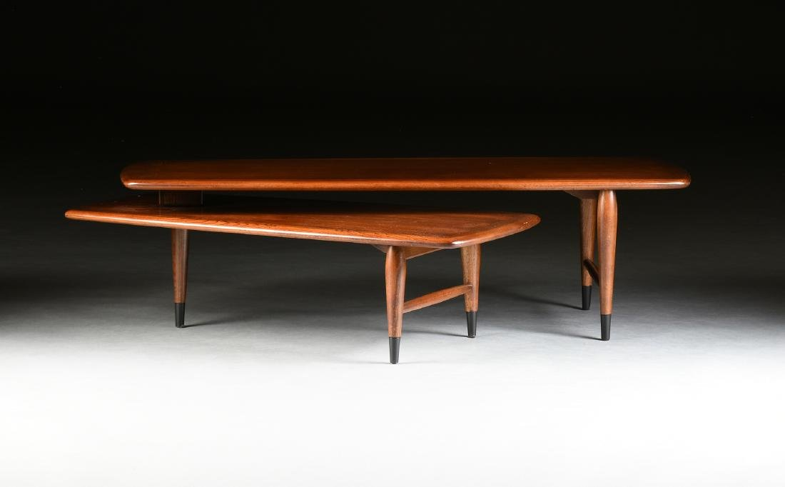 A MID CENTURY MODERN LANE WALNUT AND OAK ARTICULATED