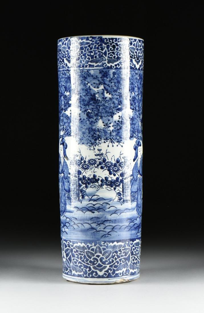 AN EXPORT BLUE AND WHITE GLAZED STONEWARE UMBRELLA - 5