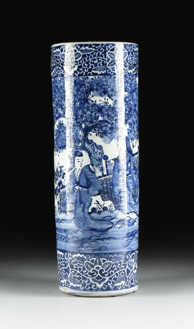 AN EXPORT BLUE AND WHITE GLAZED STONEWARE UMBRELLA - 6