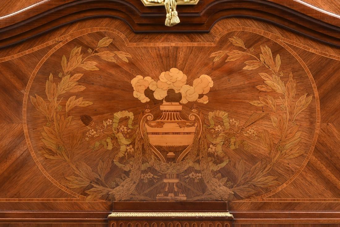 A FINE LOUIS XVI STYLE ORMOLU MOUNTED TULIPWOOD AND - 4