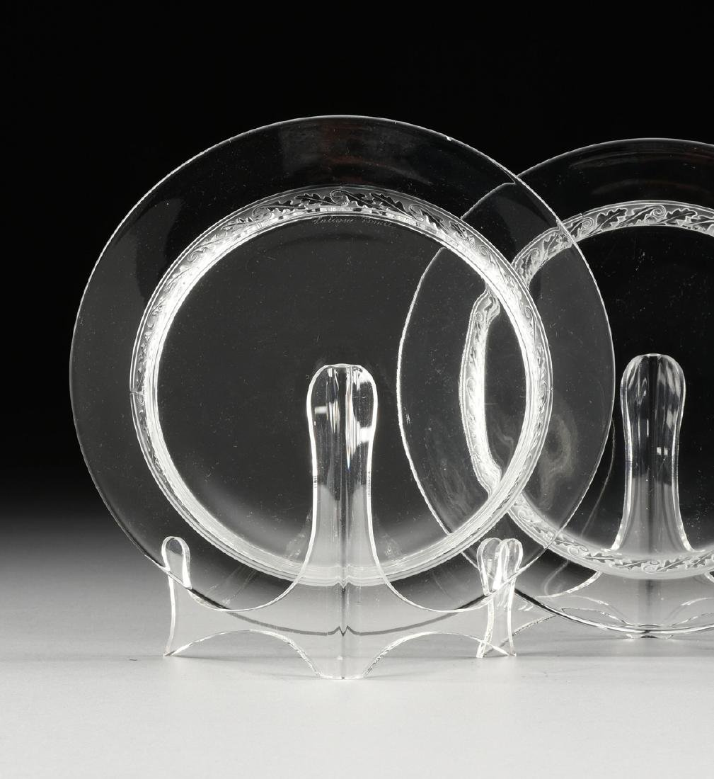 A GROUP OF FOUR LALIQUE CLEAR AND FROSTED GLASS TABLE - 4