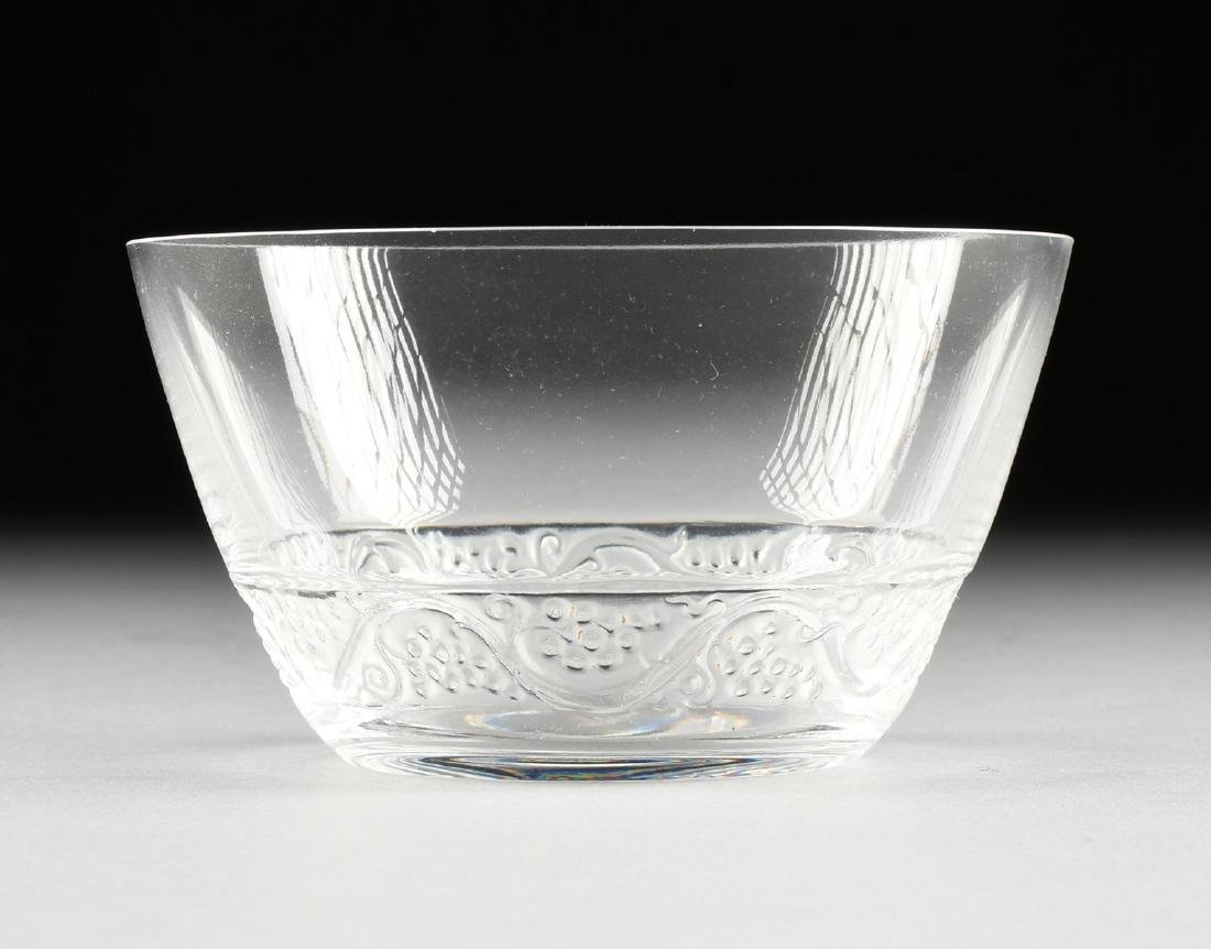 A GROUP OF FOUR LALIQUE CLEAR AND FROSTED GLASS TABLE - 6