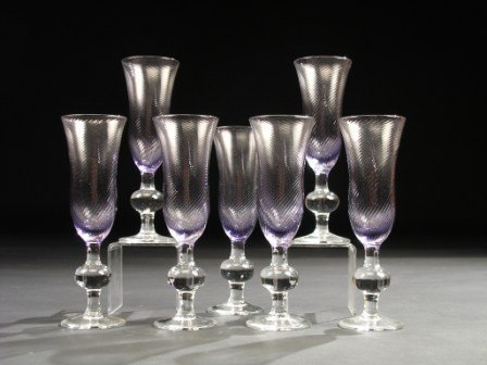 15: A SERVICE OF SEVEN VENETIAN STYLE CRYSTAL CHAMPAGNE