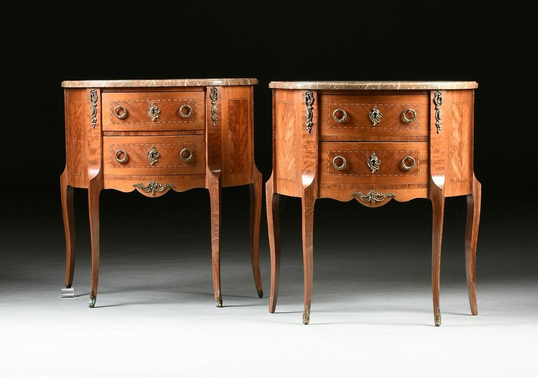 A PAIR OF TRANSITIONAL LOUIS XV/XVI STYLE INLAID MARBLE