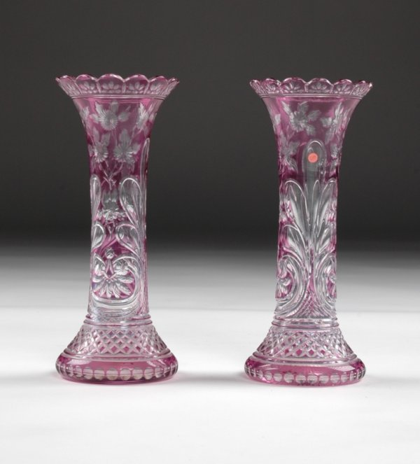 15: A PAIR OF VICTORIAN AMETHYST CUT TO CLEAR VASES, po