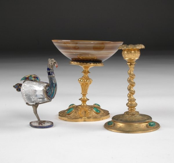 24: A GROUP OF CONTINENTAL MALACHITE MOUNTED GILT BRONZ