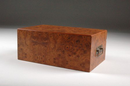 24: AN ITALIAN FAUX BURL WALNUT HUMIDOR, modern, the hi
