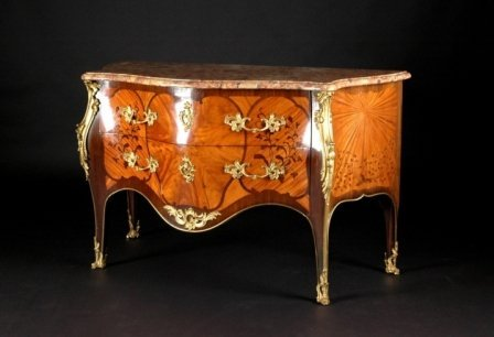 1400: AN HISTORICAL LOUIS XV STYLE ORMOLU MOUNTED TULIP