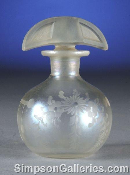 23: A HAWKES VERRE DE SOIR IRIDESCENT GLASS PARFUM BOTT