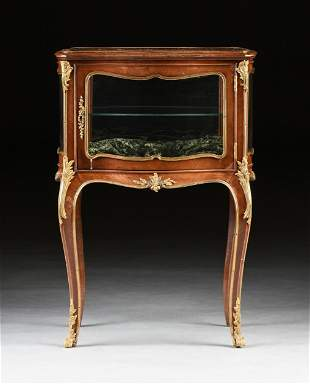 A LOUIS XV STYLE ORMOLU MOUNTED MAHOGANY TABLE VITRINE,
