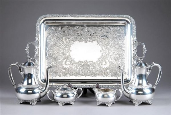 19: A FIVE PIECE WILCOX SILVER PLATED COFFEE AND TEA SE