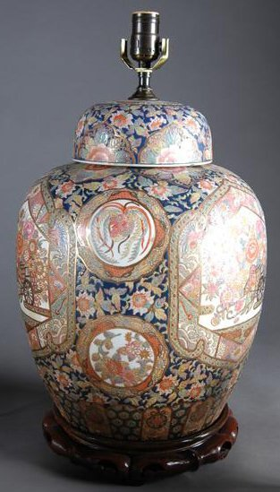 23: A SATSUMA STYLE ENAMELED GINGER JAR AND LID, late 2