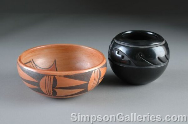 8: AN AMERICAN HOPI INDIAN POTTERY BOWL, enameled with