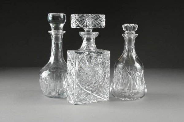 12: A GROUP OF THREE CONTEMPORARY CUT AND MOLDED CRYSTA