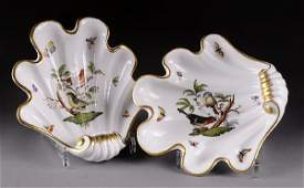 13 A PAIR OF HEREND ROTHSCHILD BIRDS PATTERN SHELL FO