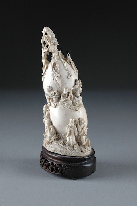 14: A CHINESE CARVED IVORY DOUBLE GOURD, 20TH CENTURY,